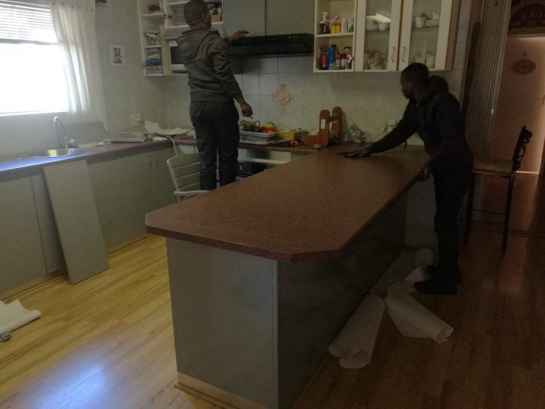 Vinyl Kitchen wrapping counter top